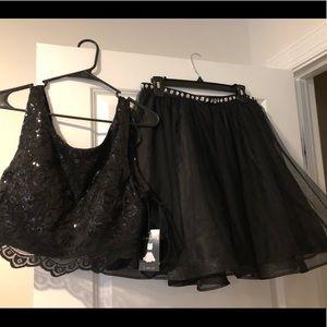 Dresses & Skirts - NWT, 2 piece sparkly prom dress!